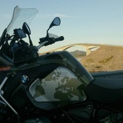 BMW Globe Series