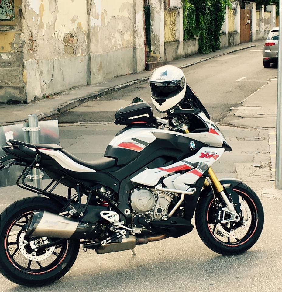 BMW S1000XR Alpine White Stingray Grey/ Red Stickers Kit | Signature Custom Designs