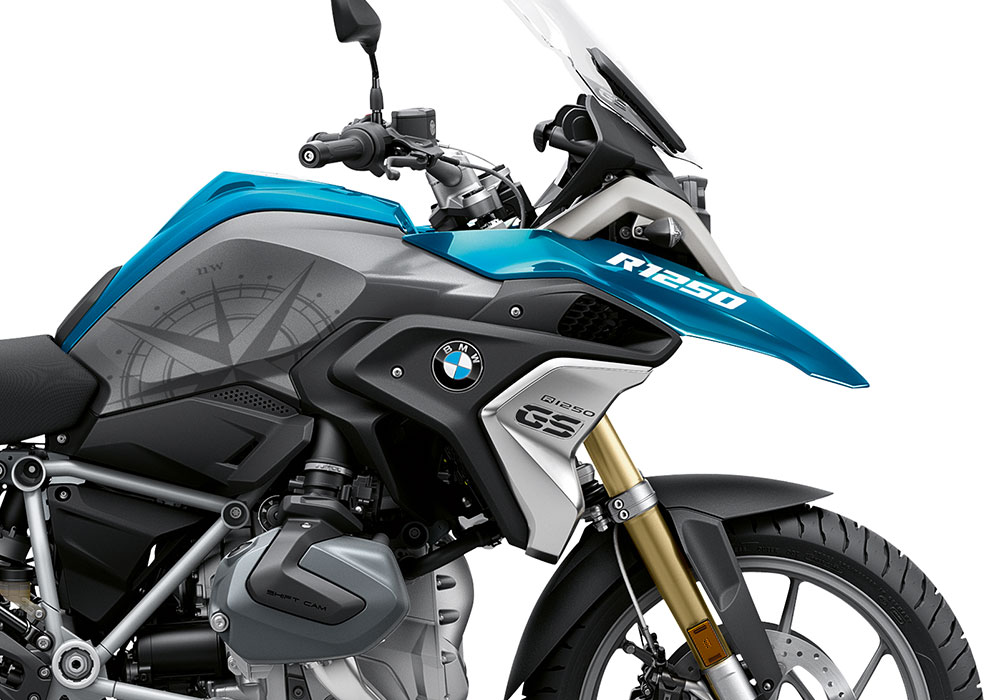 SIG 1048 02 BMW R1250GS Compass Cosmic Blue 02