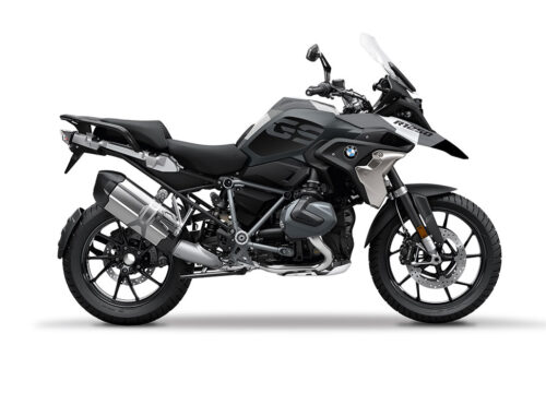 SIG 1049 02 BMW R1250GS Triple Black Grey Camo 01