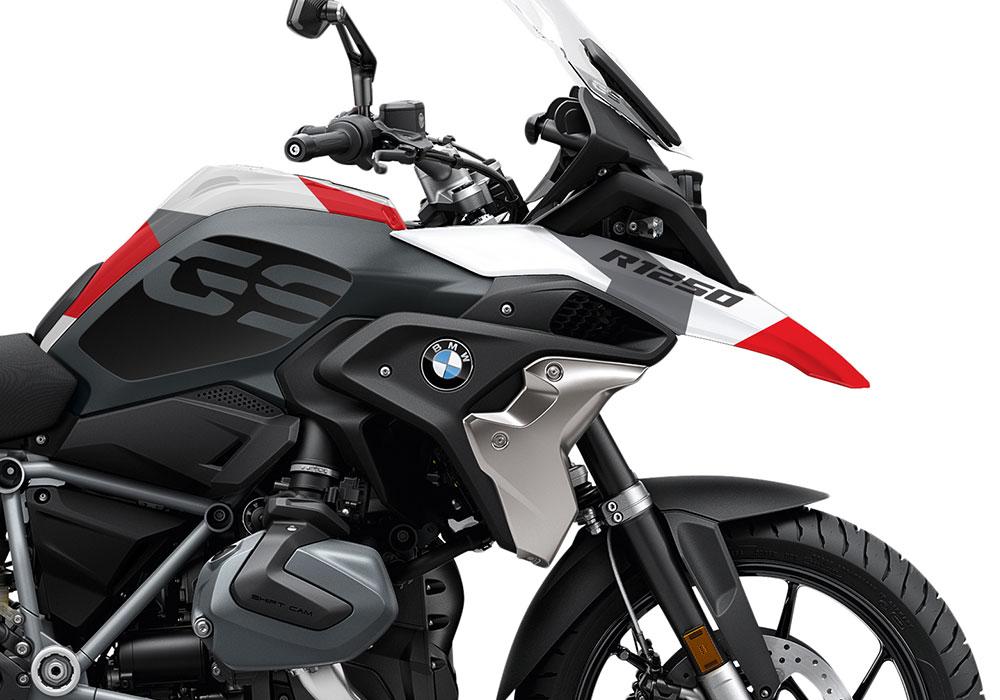SIG 1050 02 BMW R1250GS Triple Black Red Camo 02