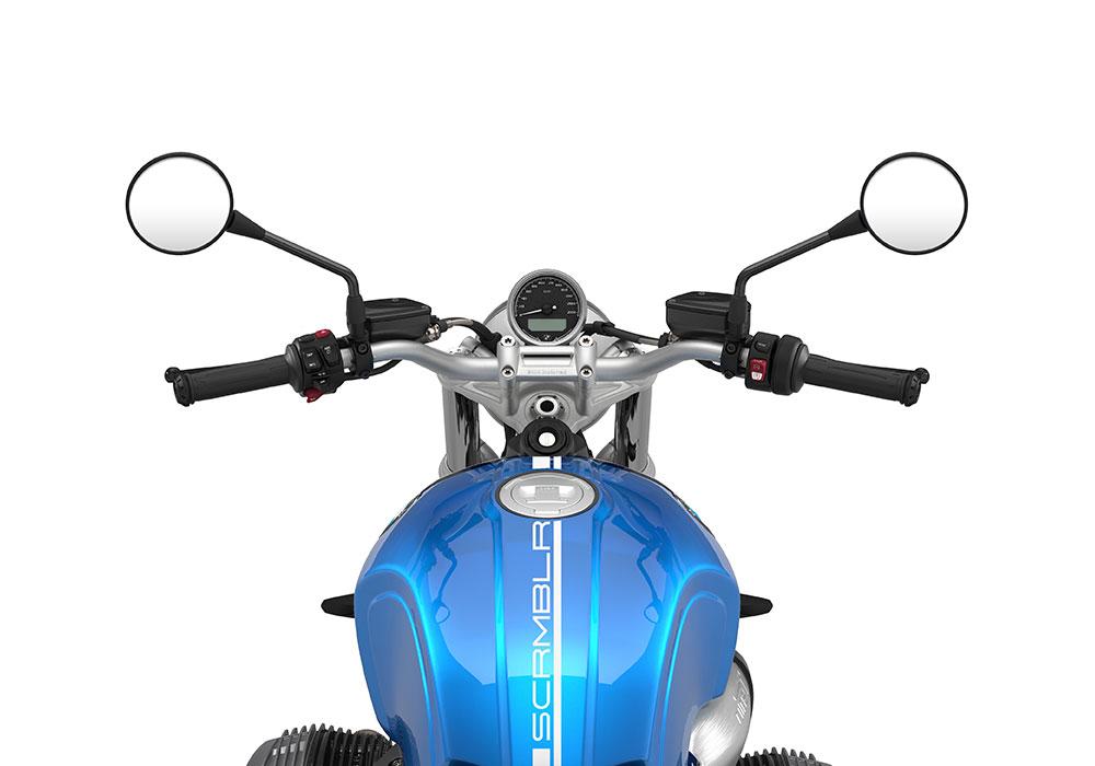 SIG 1058 03 BMW RnineT Scrambler White Lines – Cosmic Blue 1