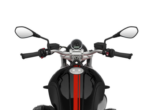 SIG 1060 02 BMW RnineT pure Red Double Lines Black Storm