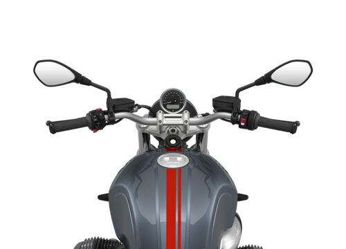 SIG 1060 02 BMW RnineT pure Red Double Lines Mineral