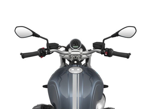 SIG 1065 02 BMW RnineT Pure Silver Double Lines Mineral 1