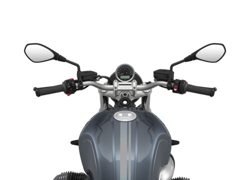SIG 1067 02 BMW RnineT Pure Dark Silver Double Lines Mineral 1