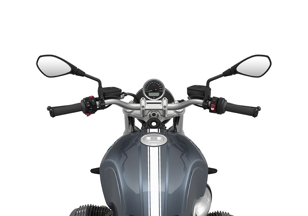 SIG 1074 02 BMW RnineT Pure White Triple Lines Mineral